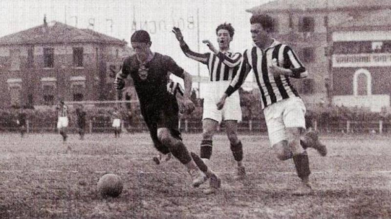 Corsi e ricorsi: la Coppa Italia 1926-27 mai finita,<br /> e anche allora Milan-Juventus rimase in sospeso...
