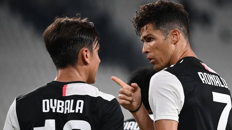 Dybala: I 100 gol con la Juve? � sfida aperta con CR7. E lui se perde...