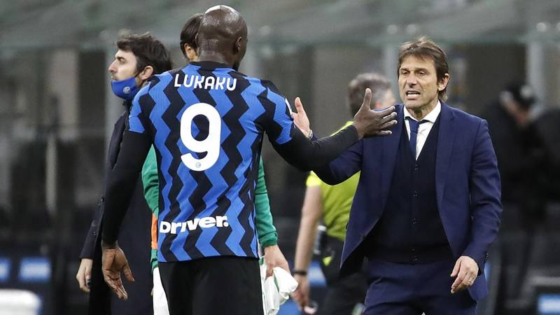 Inter-Sassuolo,<br /> le pagelle: Lukaku non sbaglia mai,<br /> 7,<br />5. Male Hakimi,<br /> 5