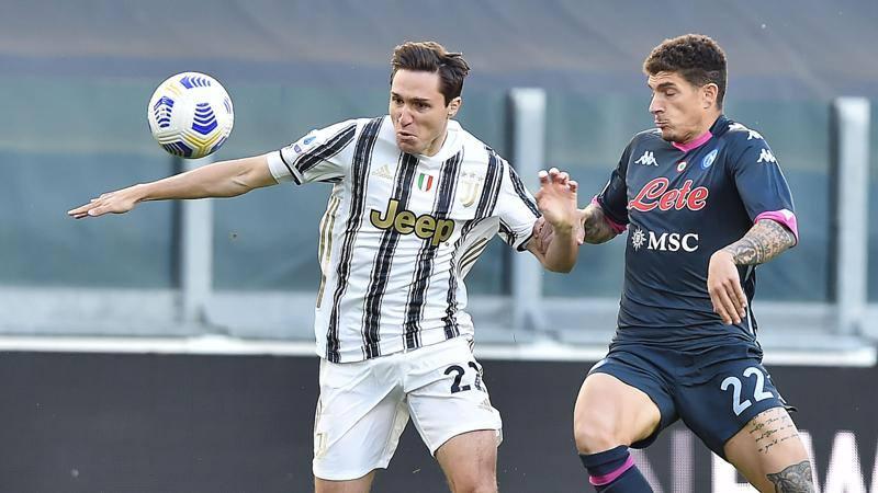 Juve-Napoli,<br /> le pagelle: Chiesa,<br /> mezzo gol di CR7 � suo,<br /> 7. Hysaj non ce la fa,<br /> 5