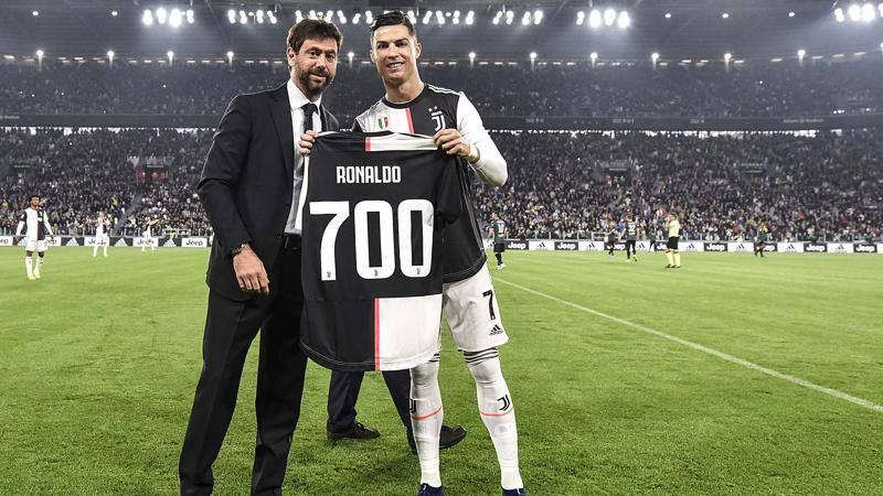La Juve blinda Ronaldo. La nuova Signora avr� CR7 e un nuovo centravanti