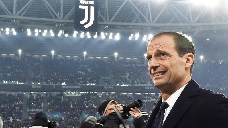 La Juve secondo Max: pollice alto per Locatelli,<br /> s� a Dybala al top. E Gigio...