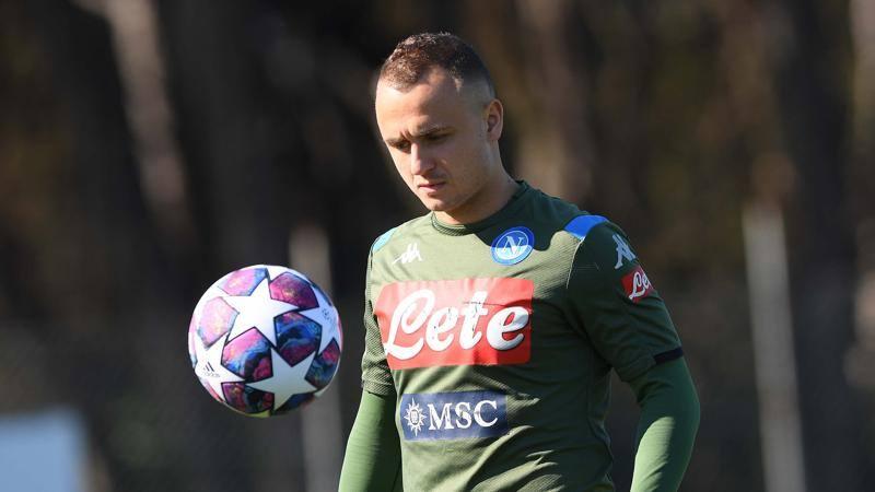 Lobotka,<br /> dichiarazione d'amore per Napoli: E per Gattuso,<br /> che fa il calcio che preferisco