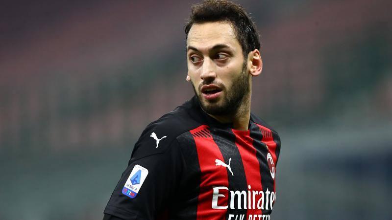 Milan-Parma,<br /> le pagelle: Calhanoglu non si arrende,<br /> 7. Kessie non � lui: 5