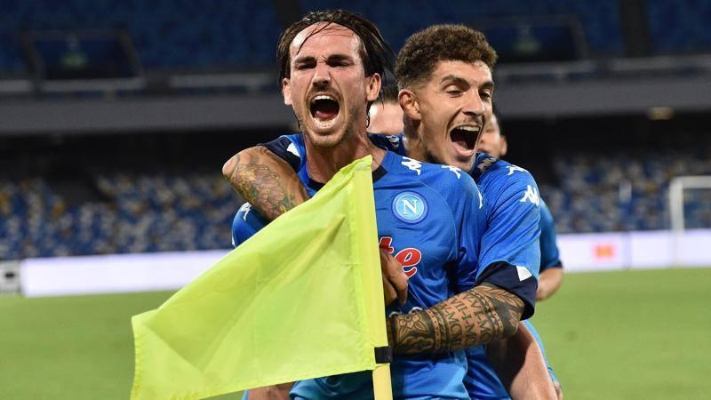 Napoli-Udinese,<br /> le pagelle: Fabian Ruiz,<br /> eurogol e qualit� (7,<br />5). Makengo travolto: 5