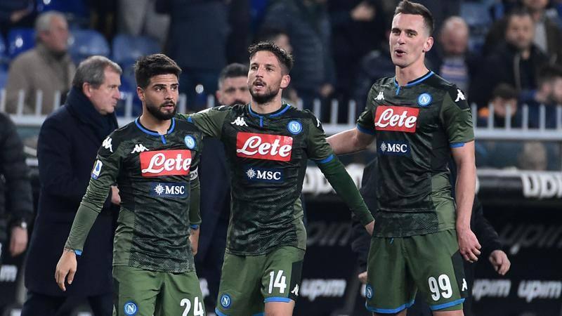 Napoli conservatore,<br /> Genoa rivoluzionario: ecco chi impiega pi� calciatori