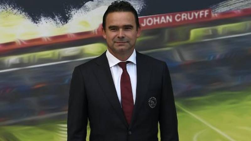 Overmars,<br /> d.s. Ajax: Tadic non � in vendita