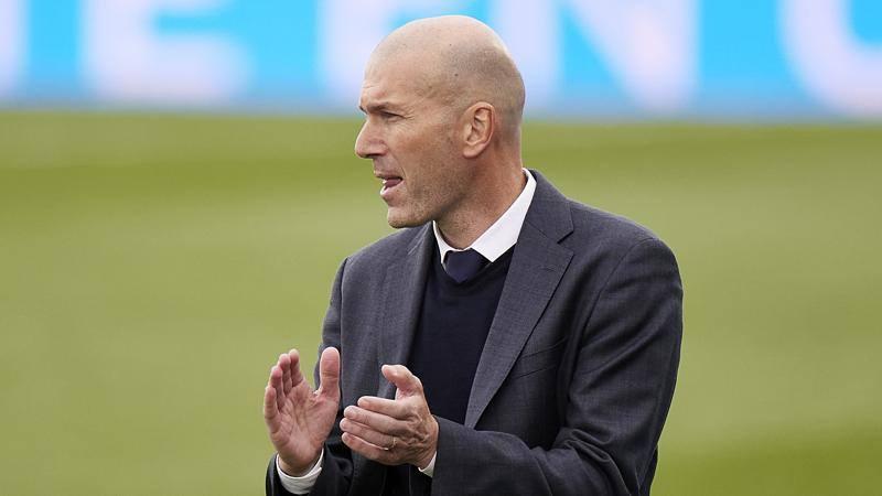 Zidane lascia di nuovo il Real: Raul o Conte al suo posto. Allegri invece...