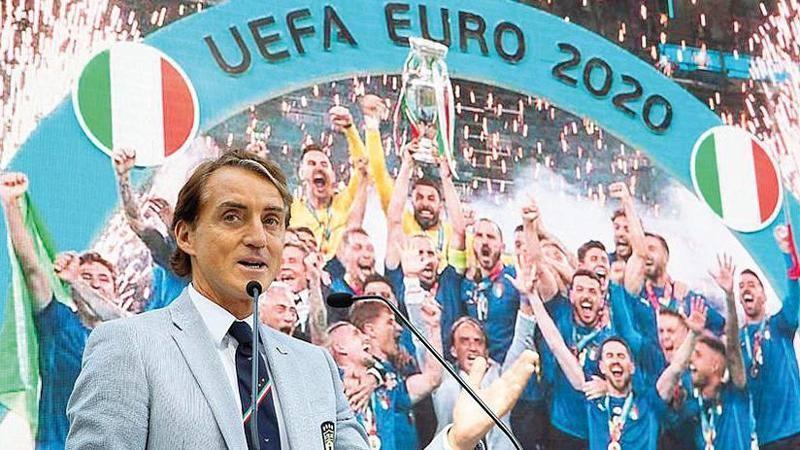 Coraggio, dominio del gioco, talento la Nazionale ha vinto cosaA gli Europei Ci sono tecnici che ne sposano i principi, altri con idee diverseRoberto Mancini ha tracciato la strada Si puaI vincere con ile
