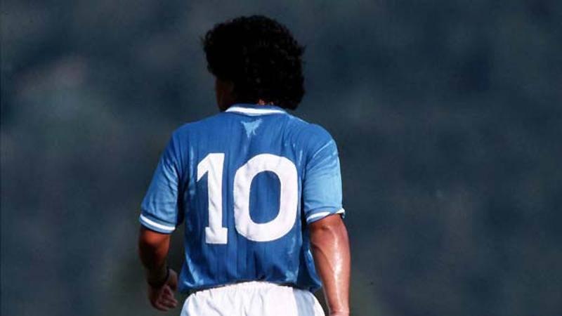 Il 10 dei numeri 10, un sogno a colori. Chi eri veramente, Diego Armando?