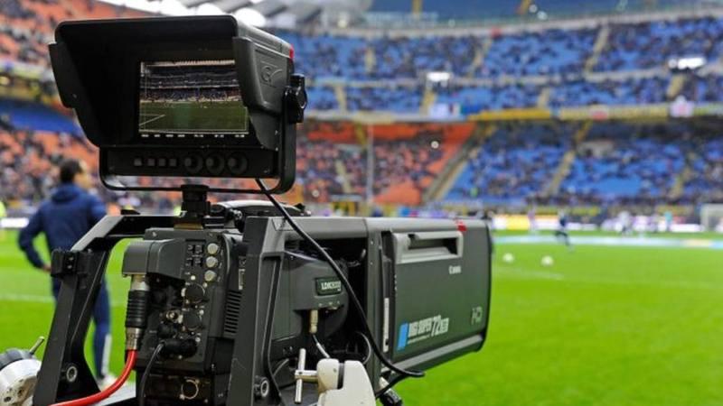 Il nuovo calcio post pandemia che esiste solo se trasmesso in tv