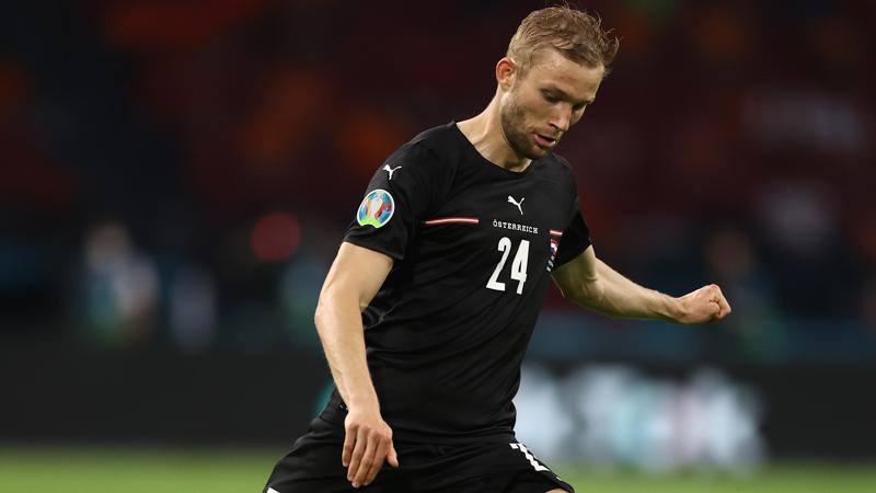 ALKMAAR, NETHERLANDS - AUGUST 26 Teun Koopmeiners #8 of AZ celebrates after scoring his teams first goal from the penalty spot