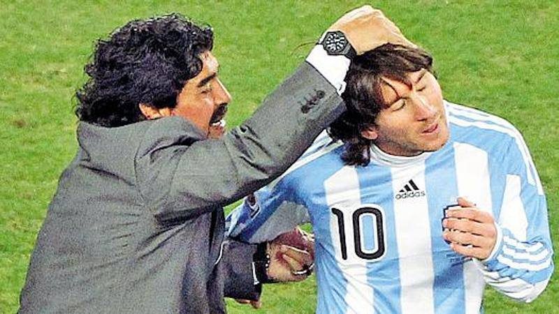 L'ombra di Maradona tra Messi e il Napoli