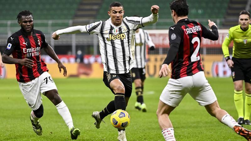 Milan-Juve,<br /> le pagelle: Leao il migliore tra i rossoneri,<br /> 7. Ronaldo,<br /> serataccia da 5