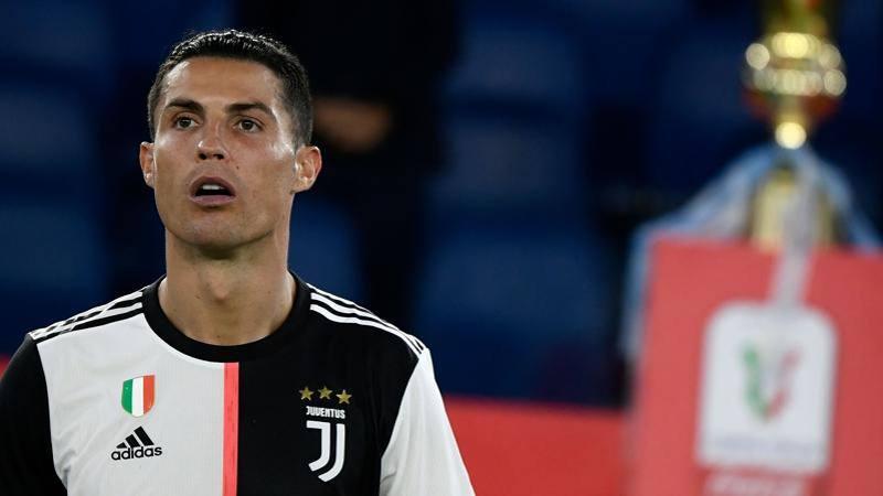 Napoli-Juve: muro Maksimovic-Koulibaly. Cristiano gi�, non basta un Buffon da 7,5