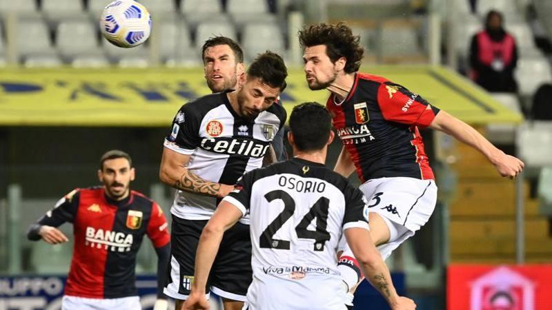 Parma-Genoa,<br /> le pagelle: Pell�,<br /> rovesciata e partita da 7. Destro esce alla distanza: 6,<br />5