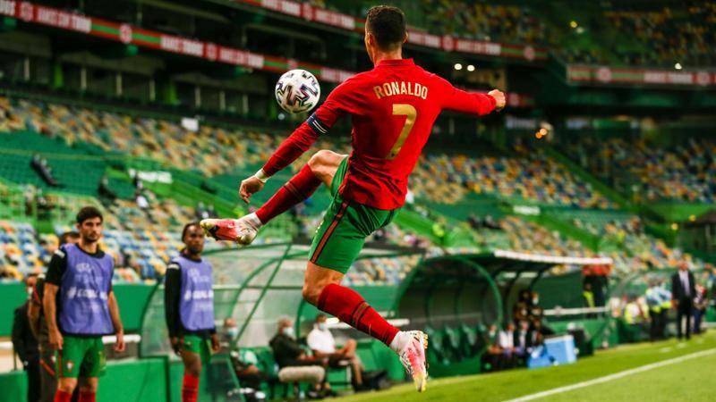 Ronaldo, un altro passo verso la leggenda